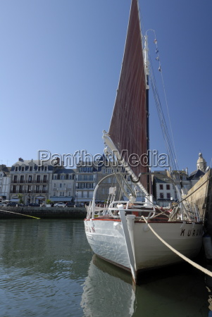 yachting and fishing port le croisic