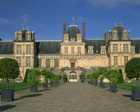 chateau de fontainebleau unesco weltkulturerbe seine