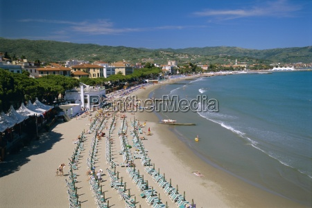 beach front and town view diano