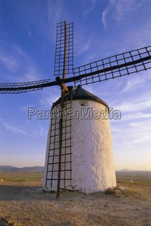 windmill in consuegra ruta de don