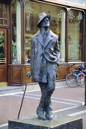 statue of james joyce dublin county
