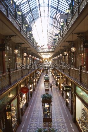 fahrt reisen innen einkaufen shoppen shopping