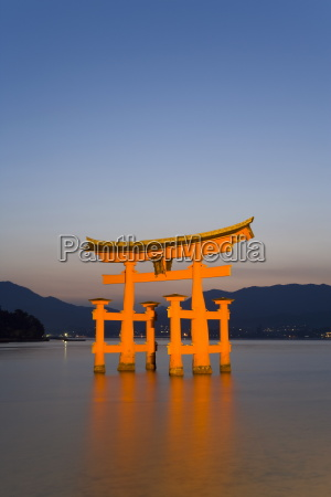 the vermillion coloured floating torii gate