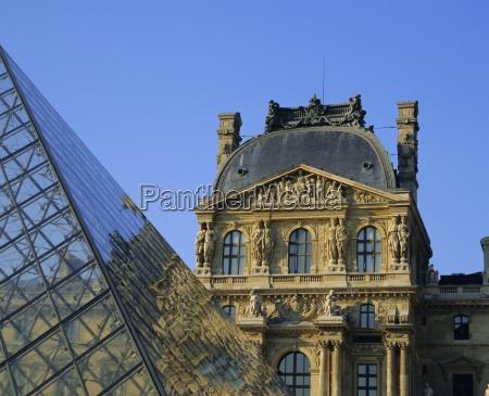 detail, des, louvre, und, der, pyramide, paris, frankreich, europa - 20639979