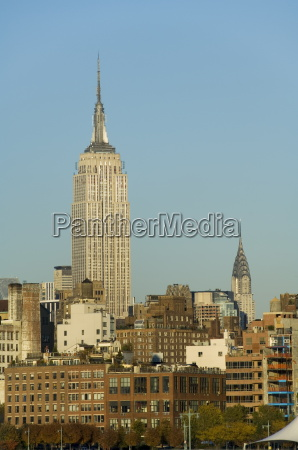 empire state building mid town manhattan