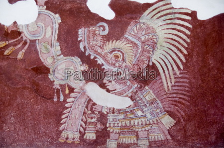 murals at teotihuacan site dating from