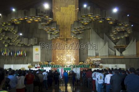 interior of the basilica de guadalupe