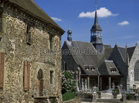 village houses and church st lery
