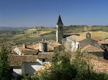 view of village lautrec in tarn