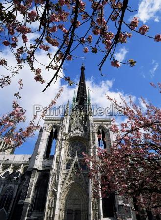 cathedral of notre dame rouen seine