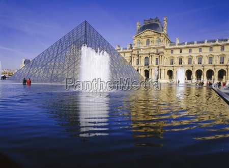 the louvre and pyramid paris france