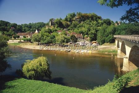 the river dordogne limeuil dordogne aquitaine