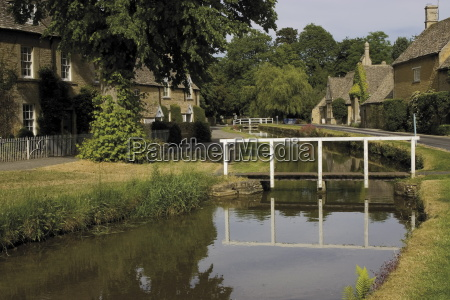 stone cottages along the banks of