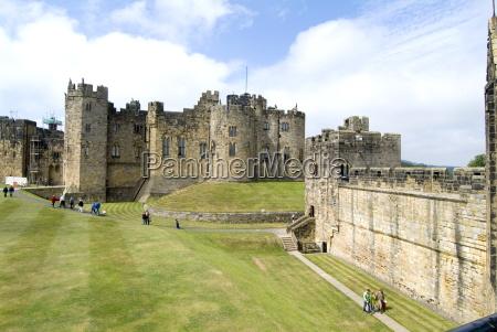 alnwick castle alnwick northumberland england united