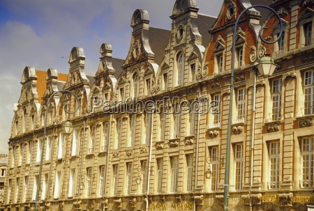 flemish buildings from the 17th and