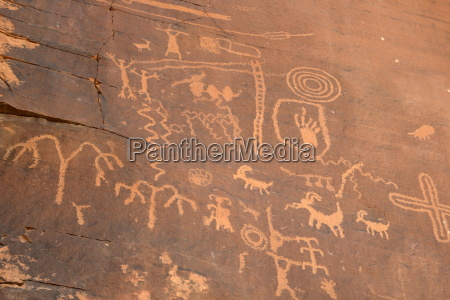 native american petroglyphs valley of fire