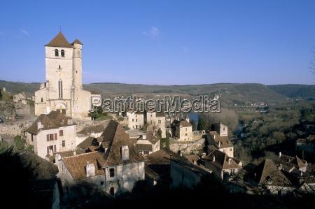 village of st cirq lapopie on
