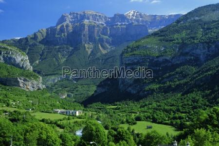 torla the verdant ara valley and