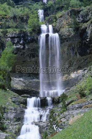 waterfall in the ordesa valley ordesa