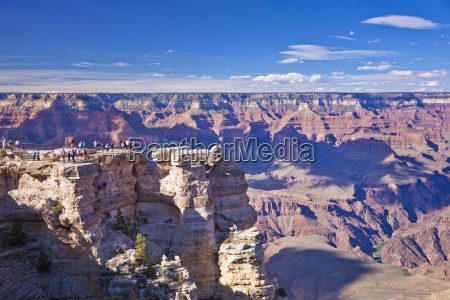 tourists at mather point overlook south