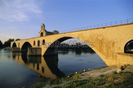 pont st benezet river rhone avignon