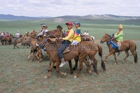 naadam festival orkhon valley ovorkhangai mongolia