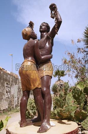 the statue of slavery freedom goree