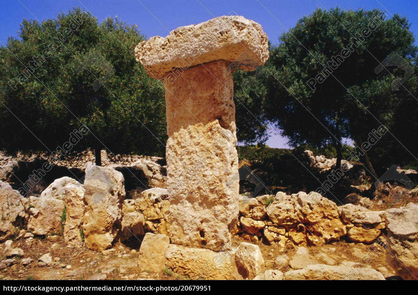 taula, de, binisafuet, neolithische, menorkische, talayotische, kultur, menorca, balearen, spanien, europa - 20679951