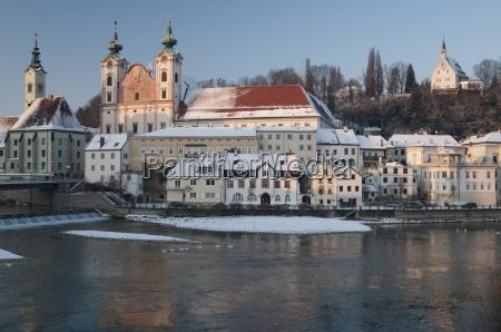 fahrt reisen bauten religion kirche winter