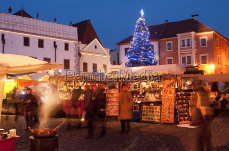 christmas market stalls and christmas tree