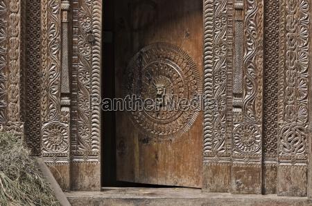 wooden doorway manali himachal pradesh state