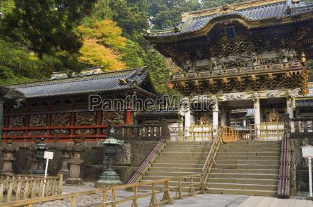yomei mon gate of sunlight tosho