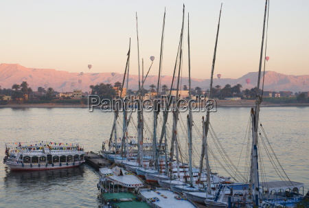 boats feluccas on the nile luxor