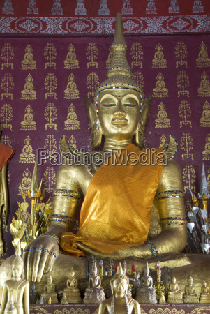buddha statue in the main temple