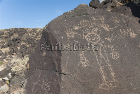petroglyph national monument petroglyphs carved into