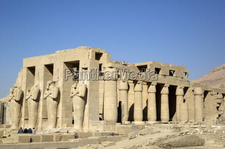 hypostyle hall the ramesseum luxor west