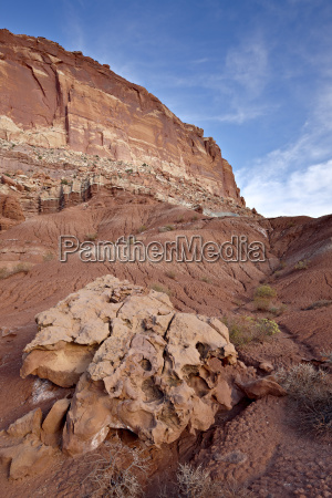 red rock cliffs and badlands capitol