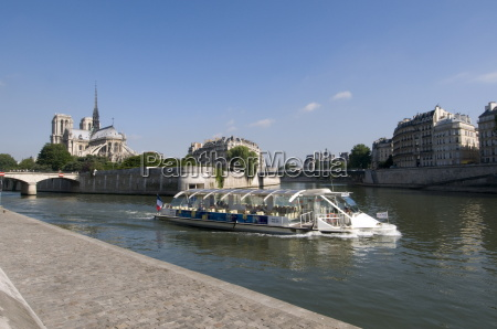 river seine and notre dame cathedral