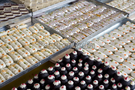 diwali sweets for sale in jaipur