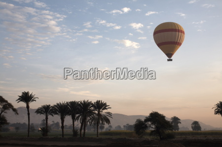 fahrt reisen verkehr verkehrswesen tourismus afrika
