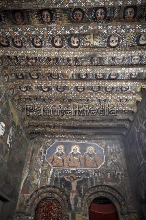 paseo viaje detalle religioso iglesia arte