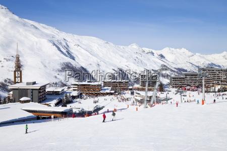 les menuires ski resort 1800m in