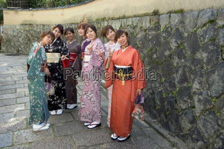 girls wearing yukata kimono in