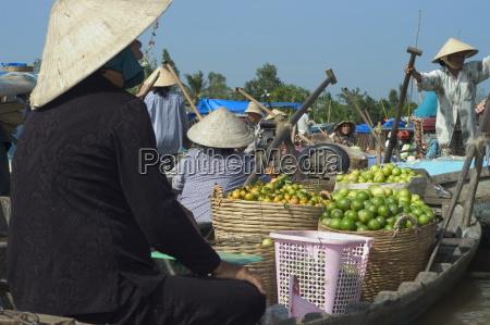 floating market cantho mekong delta southern
