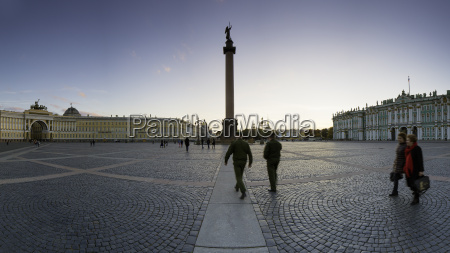 palace square alexander column and the