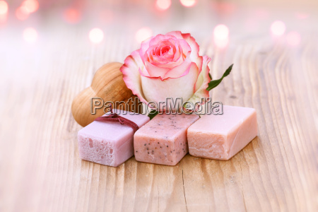 wellness with aroma soaps