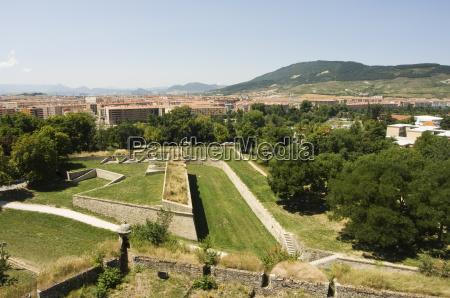 16th century old city walls pamplona