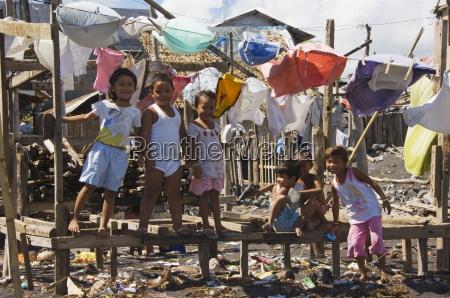 shanty town on edge of legaspi