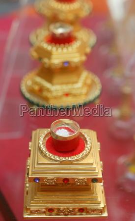 buddhist ceremony buddhist relics paris france