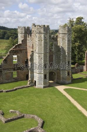 turm architektonisch bauten historisch geschichtlich innenraum